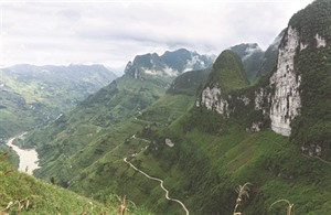 À la conquête de la falaise de Dieu à Hà Giang