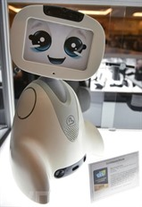 Le robot Buddy de Blue Frog présenté au CES 2018, le 9 janvier à Las Vegas.Photo : AFP/VNA/CVN