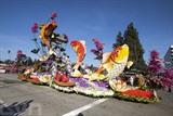 Le 129<sup>e</sup> festival annuel des roses a eu lieu le 1<sup>er</sup> janvier à Pasadena en Californie, États-Unis. Il s'agit d'un des plus grands festivals organisés dans l'Ouest américain à l'occasion du Nouvel An. Cette manifestation a attiré une foule de touristes venus du monde entier. Photo : AFP/VNA/CVN