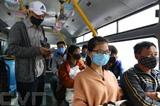 À partir du 16 mars, les Vietnamiens doivent obligatoirement porter des masques de protection dans les lieux publics. Photo : Minh Quyêt/VNA/CVN<br />