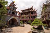 La pagode Thiên Hung est un lieu impressionnant par sa tranquillité et sa beauté architecturale, et à 23 kilomètres de Quy Nhon.<br /> Photo : VNA/CVN
