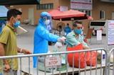L'Hôpital E a cessé de recevoir de nouveaux patientsà partir de 20h00 le 19 août pour retracer tout le personnel qui était entré en contact direct avec le patient du COVID-19 N°994. Photo : VNA/CVN