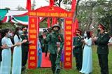 Cérémonie marquant le départ des jeunes effectuant le service militaire en 2021 à Nam Dinh (Nord). Photo : VNA/CVN