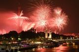Feu d'artifice du 14 juillet à Paris sur la Seine et la Tour Eiffel 2021. Photo : AFP/VNA/CVN