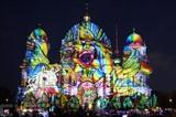 Les illuminations de la Cathédrale de Berline en Allemagne. Photo : VNA/CVN